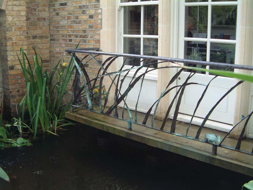 Forged bronze balcony rail. Artist: Antony Donaldson