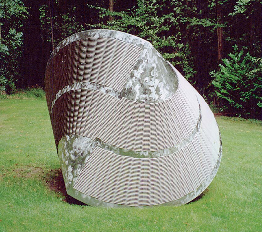 Woven stainless steel. Artist: Eilis O'Connell