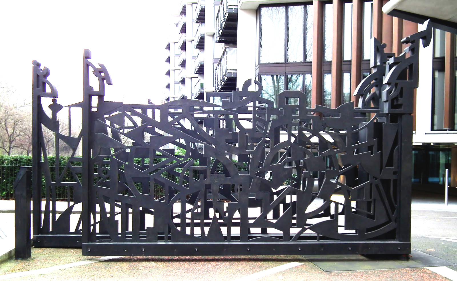Edinburgh Gates, Wendy Ramshaw