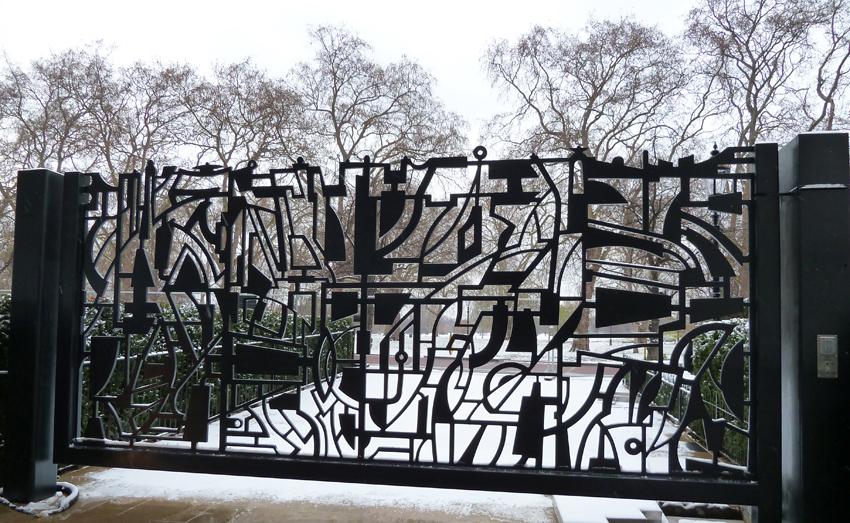 Steel Gate, Wendy Ramshaw